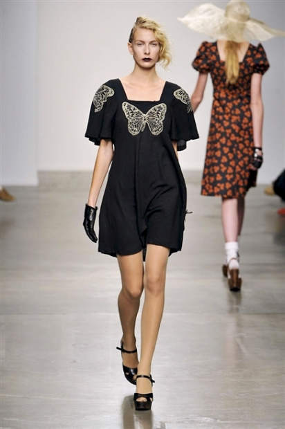 women-crincle-embroidery-dress